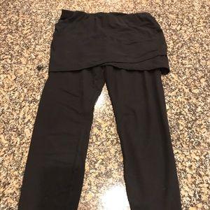 Cabi black skirted leggings size small